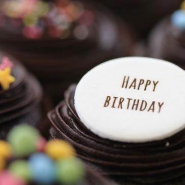 Happy Birthday - Chocolate - close up