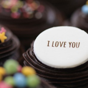 I Love You - Chocolate - close up
