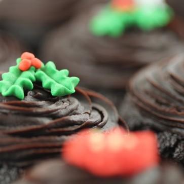 Christmas Flowers cupcakes - close up