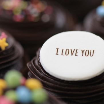 I Love You - Chocolate - close up